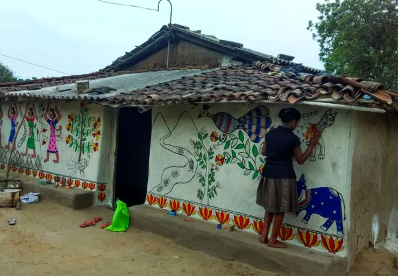Madhubani wall murals in Jharkhand depict everyday struggle of villagers