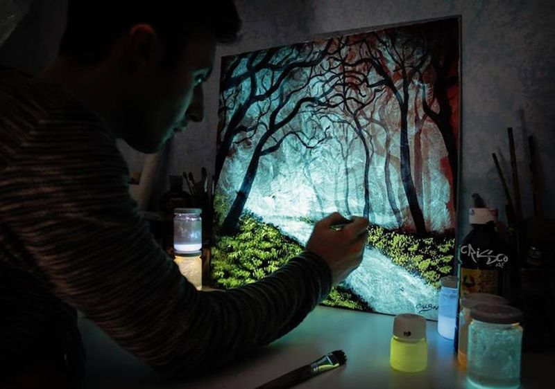Crisco-Art-Glow-in-the-Dark-Painting-5