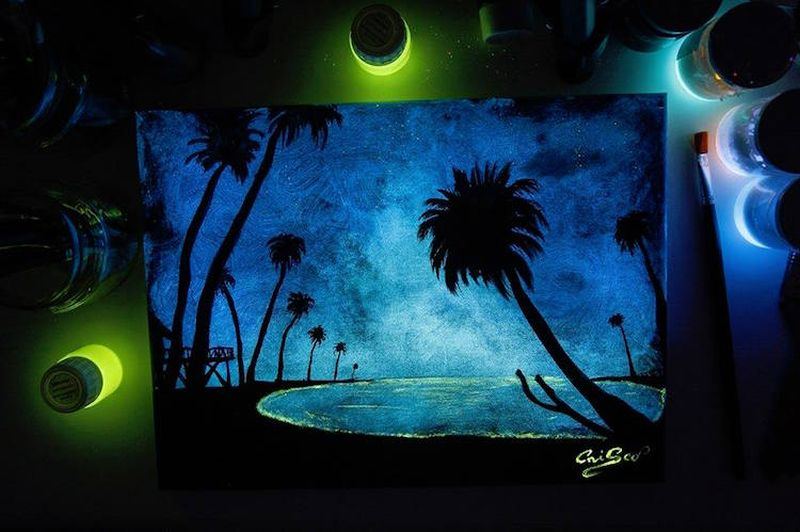 Crisco-Art-Glow-in-the-Dark-Painting-9