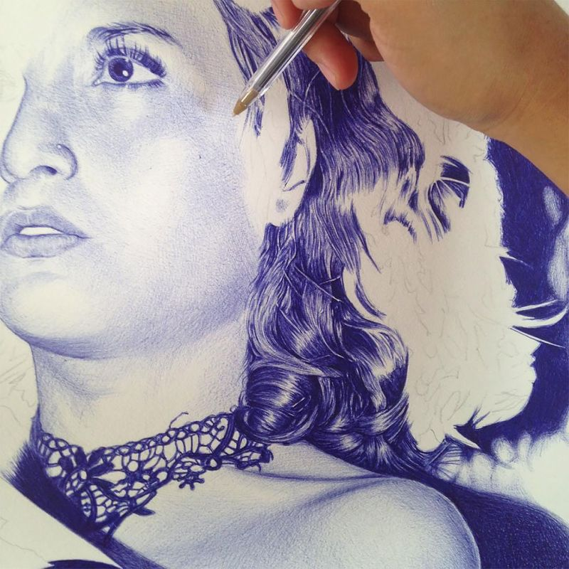 Hyperrealistic_Ballpoint_Pen_Illustrations_by_Alfredo_Chamal_4