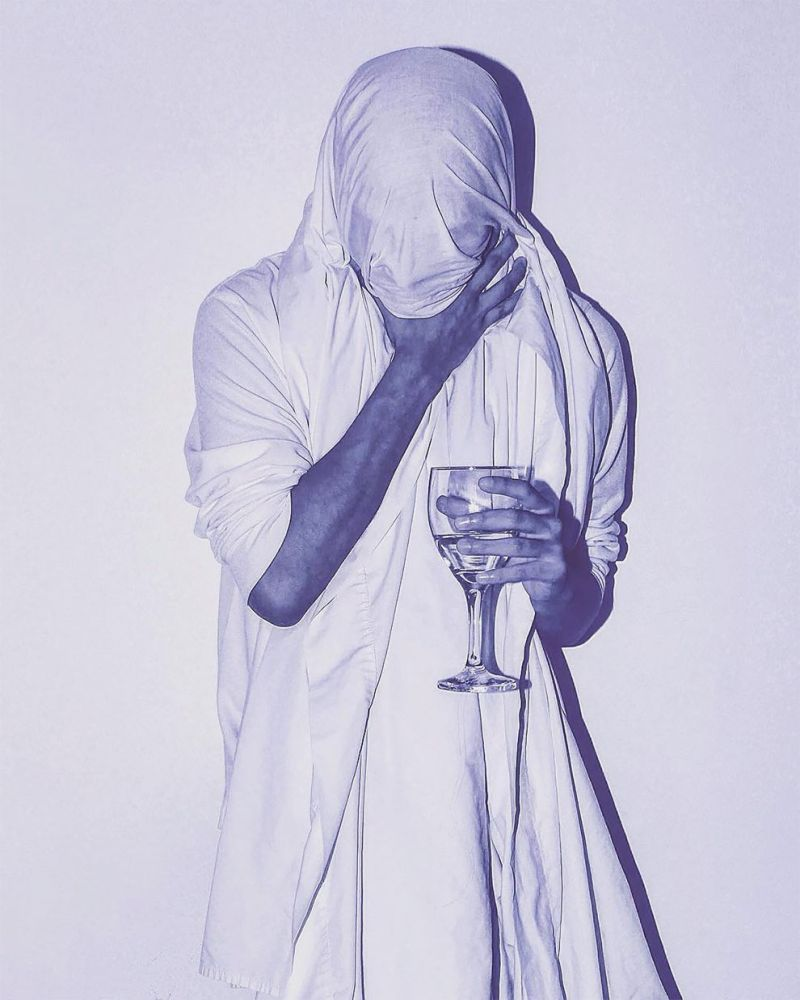 Hyperrealistic_Ballpoint_Pen_Illustrations_by_Alfredo_Chamal_5