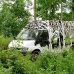 Self-taught artist turns scrap metal into blooming plant sculptures
