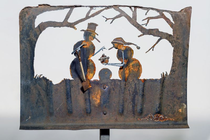 Metal Art: This lady turns old snow shovels into beautiful winter scenes