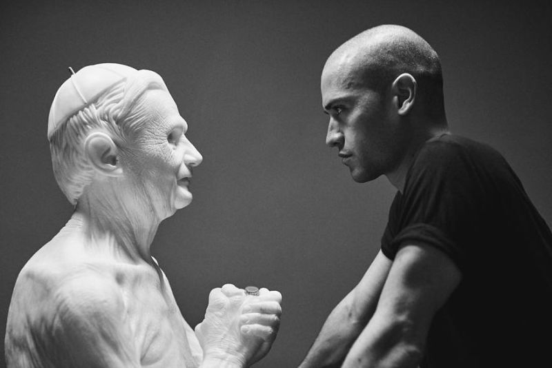 Your Eyes Won't Believe Such Realistic Sculptures Are Made Of Stone