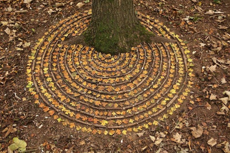 james-brunt-land art using natural materials