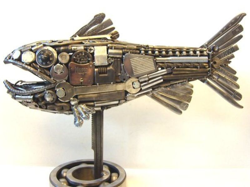Oregon artist turns metal objects into an array of metal sculptures