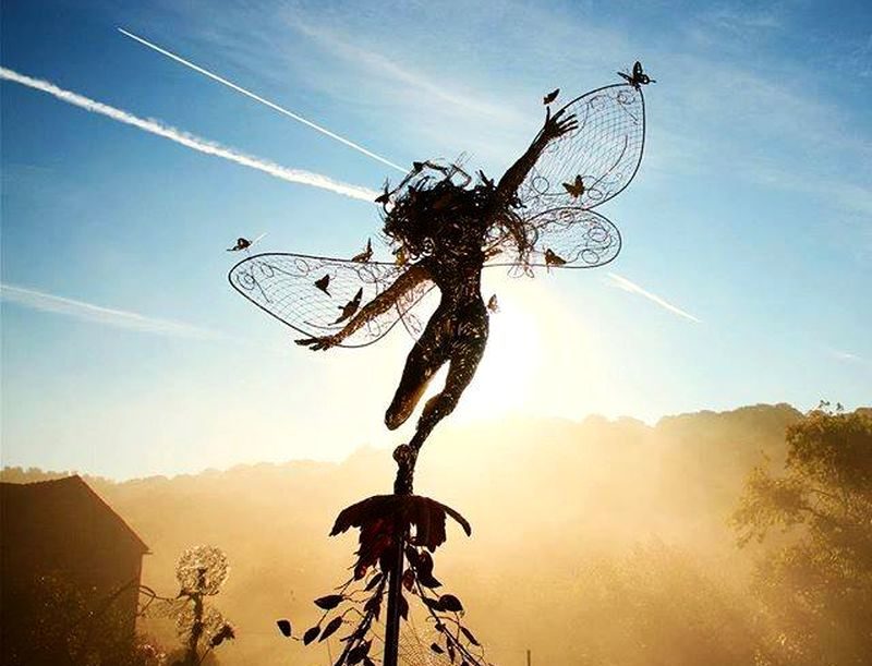 FantasyWire's dramatic wire sculptures portray 'fairies in motion'